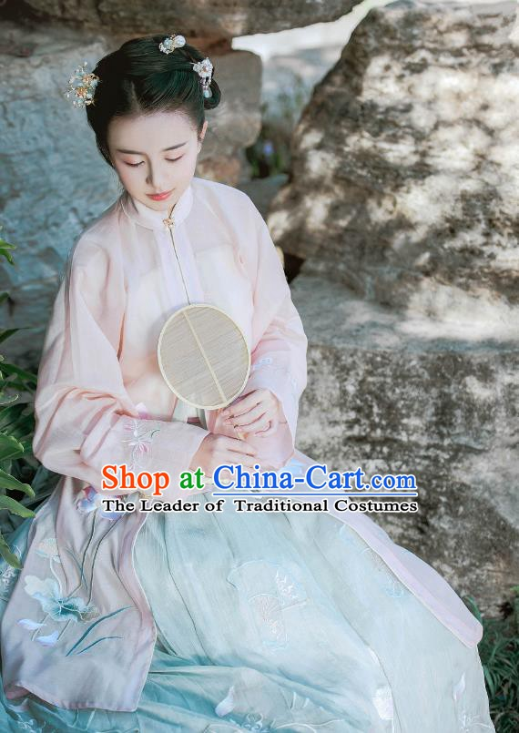 Traditional Chinese Ming Dynasty Princess Dress Ancient Princess Embroidered Costume Complete Set