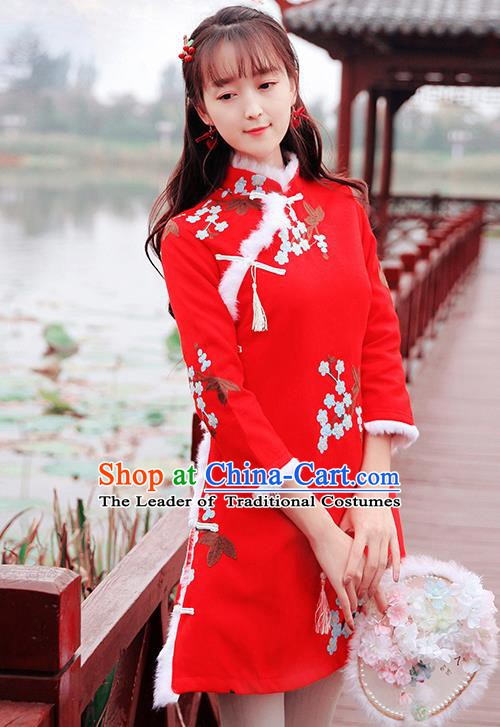 Traditional Chinese National Red Dress Tangsuit Cheongsam Clothing for Women