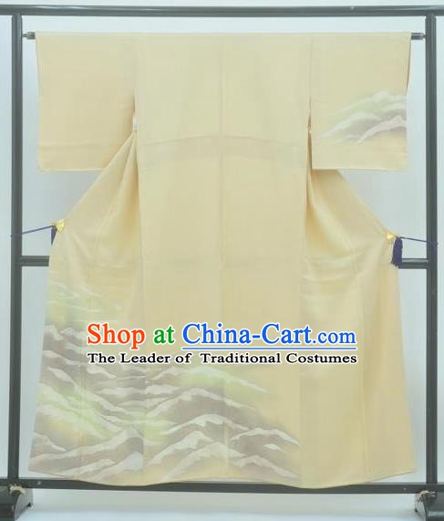Japan Traditional Costume Printing Beige Yukata Dress Japanese Furisode Kimono for Women