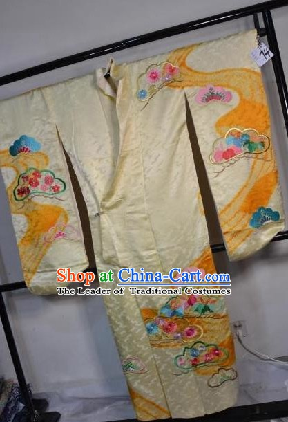 Japan Traditional Furisode Kimonos Costume Japanese Printing Flowers Golden Yukata Dress for Women