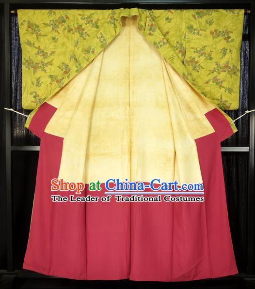 Japanese Traditional Formal Costume Printing Yellow Haori Hakama Kimono Apparel Yukata Costume for Men