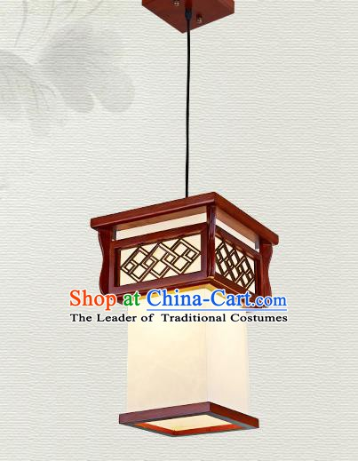 China Traditional Handmade Ancient Hanging Lantern Palace Lanterns Wood Ceiling Lamp