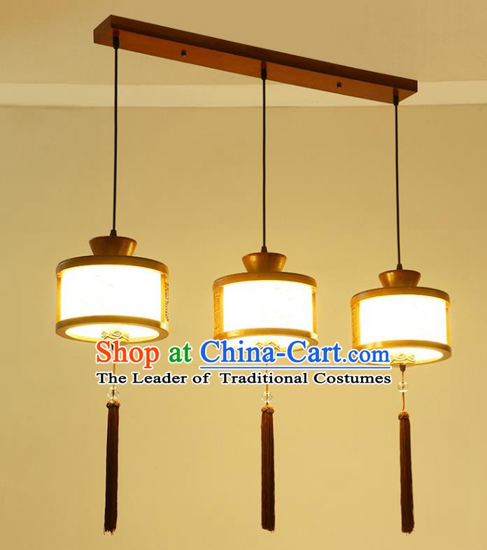 China Traditional Handmade Lantern Ancient Hanging Three-pieces Lanterns Palace Ceiling Lamp