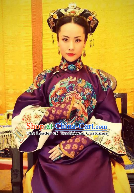 Ancient Chinese Qing Dynasty Manchu Qianlong Empress Embroidered Historical Dress Costume for Women