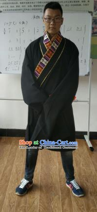 Traditional Chinese Zang Nationality Costume, Tibetan Ethnic Minority Kang-pa Black Tibetan Robe for Men