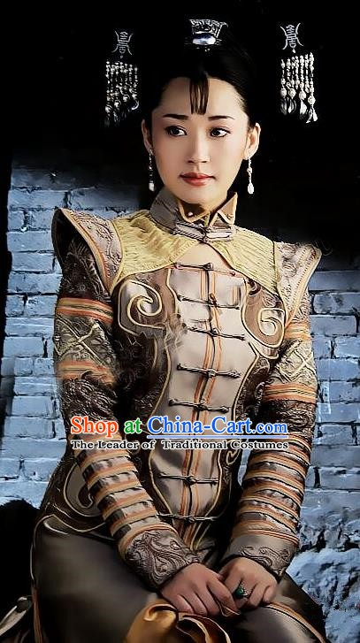 Chinese Ancient Qing Dynasty Empress Dowager Xiaozhuang Replica Costumes Manchu Dress Historical Costume for Women