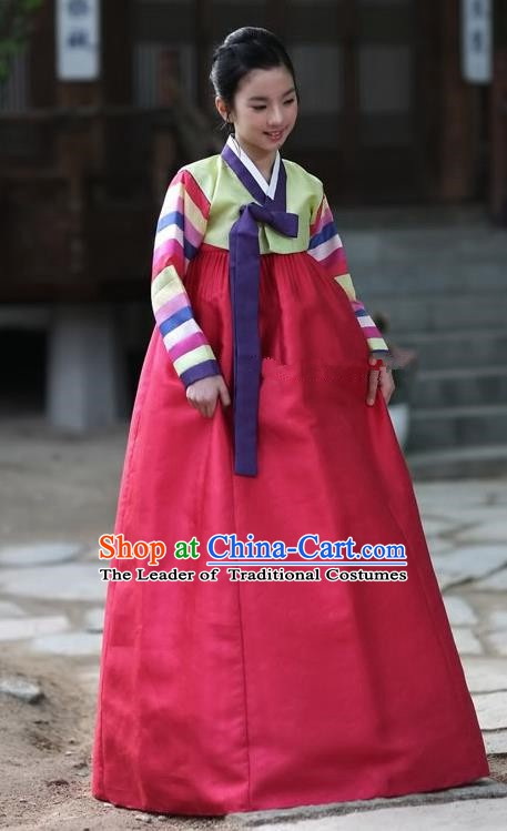 Korean Traditional Bride Palace Hanbok Clothing Green Blouse and Red Dress Korean Fashion Apparel Costumes for Women