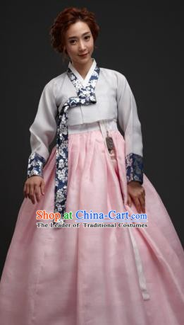 Korean Traditional Palace Garment Hanbok Fashion Apparel Costume Bride White Blouse and Pink Dress for Women