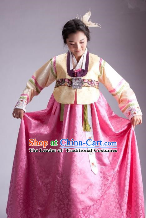 Korean Traditional Palace Garment Hanbok Fashion Apparel Costume Bride Blouse and Pink Dress for Women