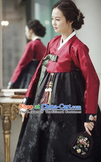 Korean Traditional Handmade Palace Hanbok Red Blouse and Black Dress Fashion Apparel Bride Costumes for Women