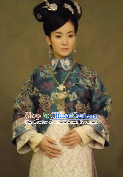 Chinese Ancient Qing Dynasty Manchu Princess Embroidered Costume for Women