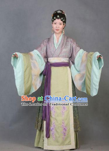Chinese Ancient A Dream in Red Mansions Character Nobility Lady Shi Xiangyun Costume for Women