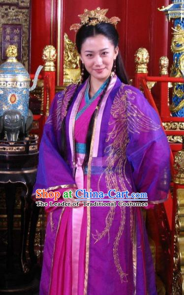 Ancient Chinese Ming Dynasty Princess Pinghu Embroidered Costumes Palace Replica Costume for Women