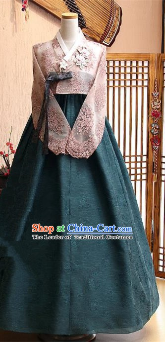 Korean Traditional Tang Garment Hanbok Formal Occasions Pink Lace Blouse and Atrovirens Dress Ancient Costumes for Women
