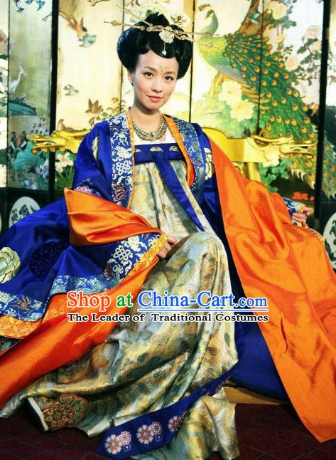 Chinese Tang Dynasty Imperial Consort Wu Meiniang Historical Costume for Women
