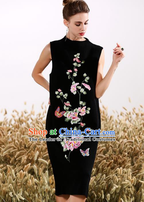 Chinese National Costume Embroidered Butterfly Black Cheongsam Vintage Qipao Dress for Women