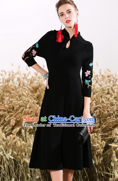Chinese National Costume Embroidered Black Cheongsam Vintage Qipao Dress for Women