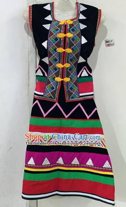 Traditional Chinese Wa Nationality Dance Costume, Female Folk Dance Ethnic Minority Embroidery Clothing for Women