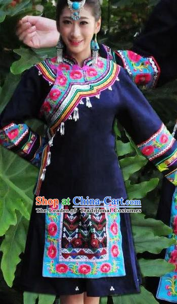 Traditional Chinese Tujia Nationality Performance Embroidered Costume Folk Dance Ethnic Dress Clothing for Women