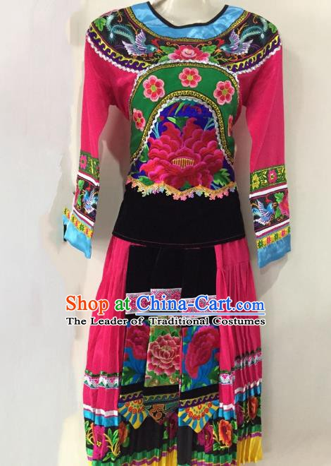 Traditional Chinese Yi Nationality Performance Rosy Dress Folk Dance Ethnic Embroidered Costume for Women