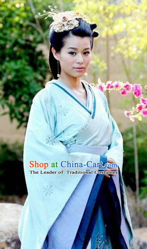 Chinese Han Dynasty Princess Consort Lv Yu Hanfu Dress Ancient Palace Lady Embroidered Replica Costume for Women