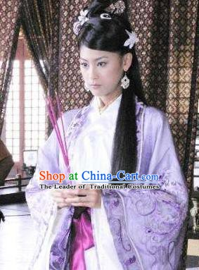 Chinese Ancient Han Dynasty Imperial Concubine Gouyi Embroidered Hanfu Dress Replica Costume for Women