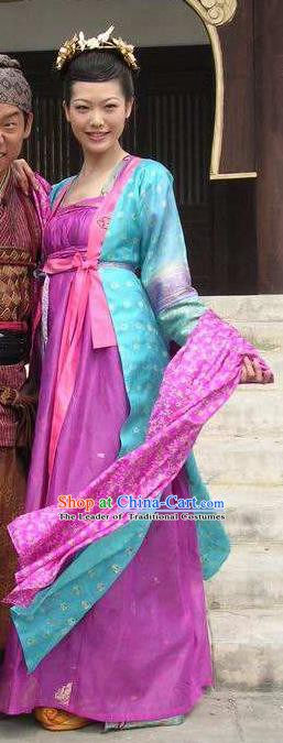Chinese Ancient Tang Dynasty Courtesan Hanfu Dress Replica Costume for Women