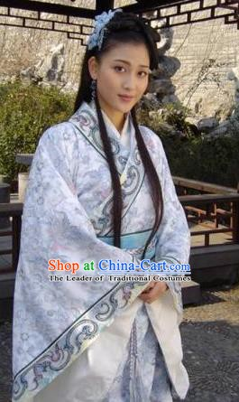 Chinese Ancient Han Dynasty Court Maid Wang Zhaojun Hanfu Dress Replica Costume for Women