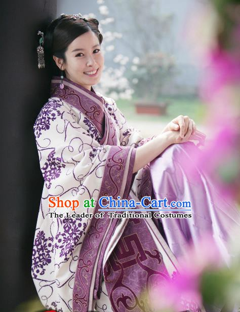 Chinese Ancient Spring and Autumn Period Empress Hanfu Dress Palace Queen Replica Costume for Women