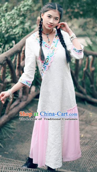Traditional China National Costume Tang Suit White Qipao Dress Chinese Embroidered Cheongsam for Women