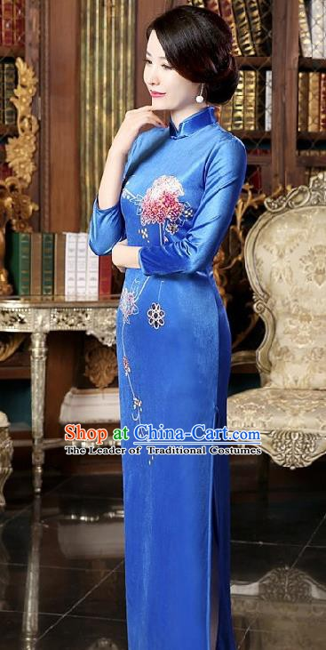 Chinese Traditional National Costume Elegant Blue Silk Cheongsam Qipao Dress for Women
