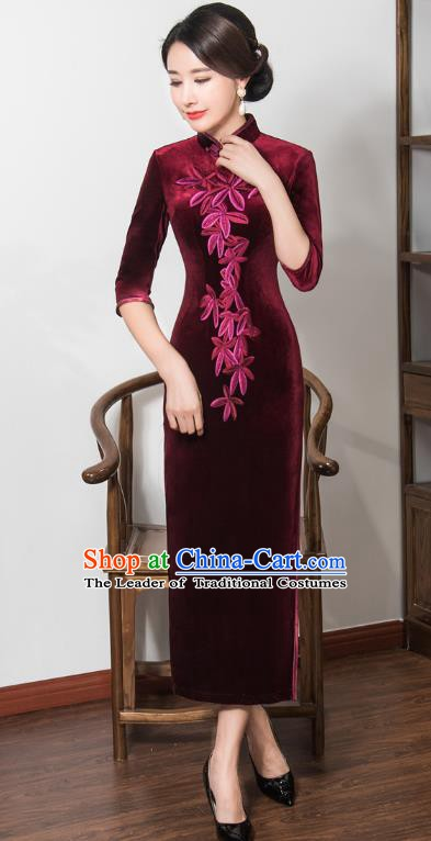 Chinese Traditional Tang Suit Embroidered Qipao Dress National Costume Retro Wine Red Velvet Mandarin Cheongsam for Women