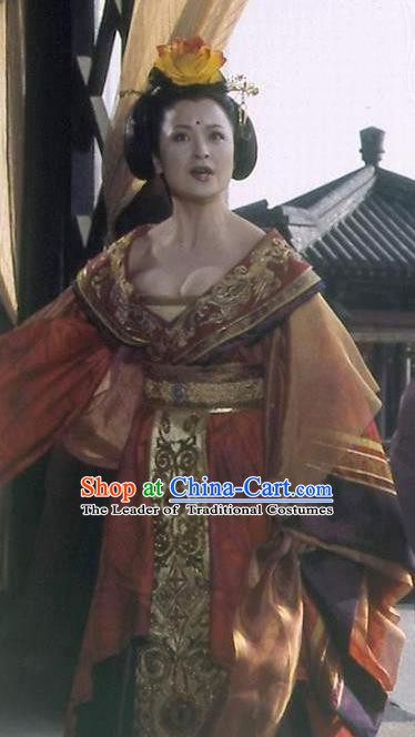 Chinese Ancient Tang Dynasty Imperial Concubine Yang Dress Embroidered Replica Costume for Women