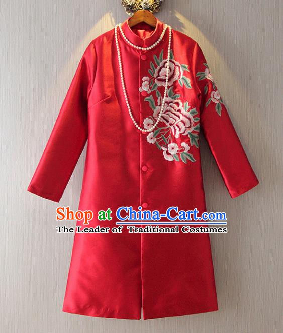 Chinese Traditional National Costume Tangsuit Embroidered Red Dust Coat for Women