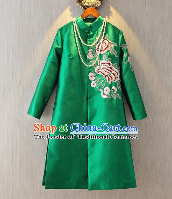 Chinese Traditional National Costume Tangsuit Embroidered Green Dust Coat for Women