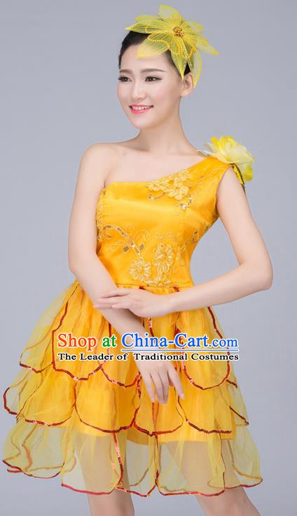 Top Grade Modern Dance Costume, Chorus Singing Group Dance Yellow Dress for Women