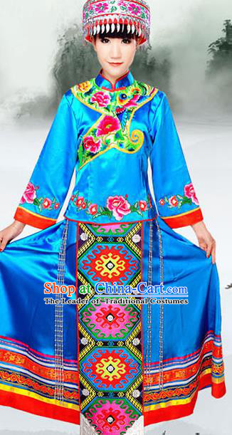 Traditional Chinese Tujia Nationality Dance Costume and Headwear, Tujia Ethnic Pleated Skirt Minority Embroidery Clothing for Women