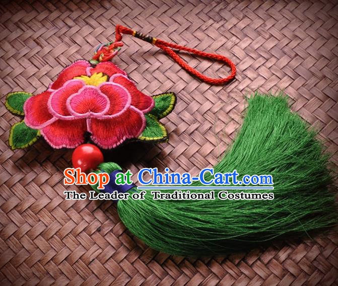 Chinese Traditional Embroidery Pendant Classical Handmade Embroidered Lotus Craft for Women