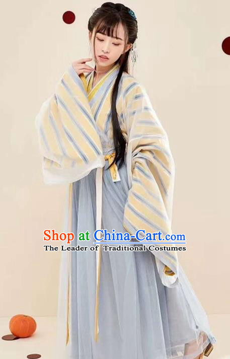 Chinese Ancient Jin Dynasty Palace Princess Embroidered Costume Traditional Infanta Hanfu Dress for Women