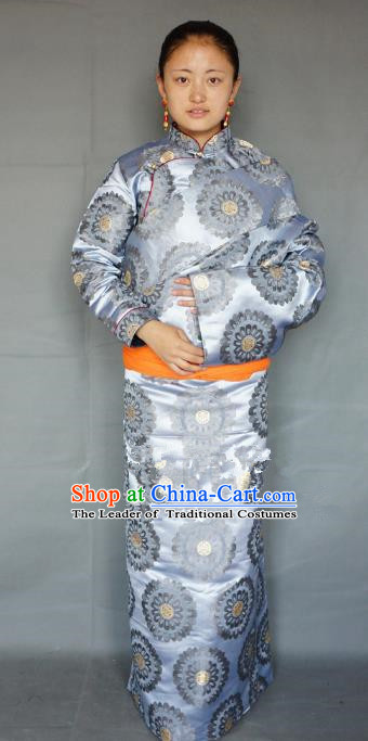 Chinese Traditional Zang Nationality Blue Brocade Tibetan Robe, China Tibetan Ethnic Heishui Dance Costume for Women