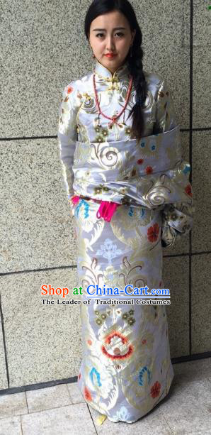 Chinese Zang Nationality White Brocade Tibetan Robe, China Traditional Tibetan Ethnic Heishui Dance Costume for Women
