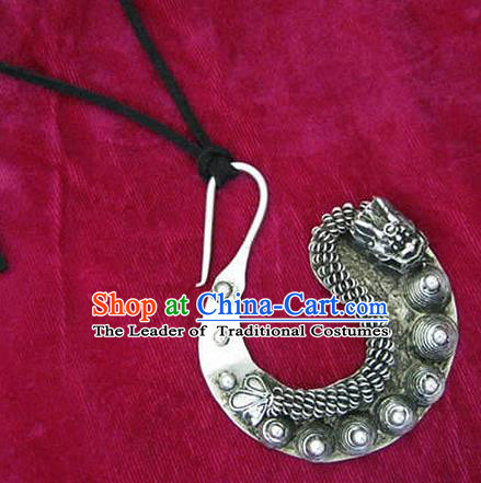 Chinese Handmade Miao Sliver Carving Dragon Necklace Hmong Nationality Necklet for Women