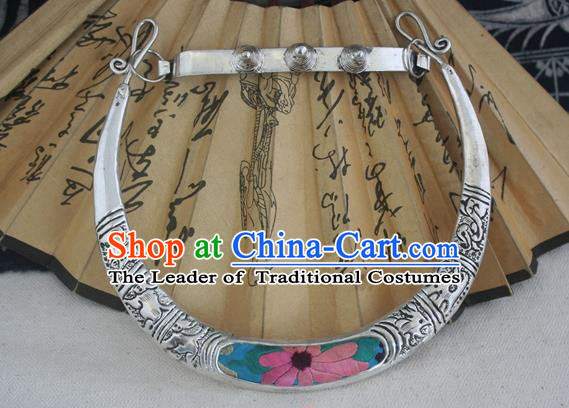 Chinese Miao Sliver Ornaments Chinese Zodiac Necklace Traditional Hmong Embroidered Lotus Necklet for Women