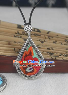 Chinese Traditional Miao Sliver Embroidered Green Necklace Traditional Hmong Necklet for Women