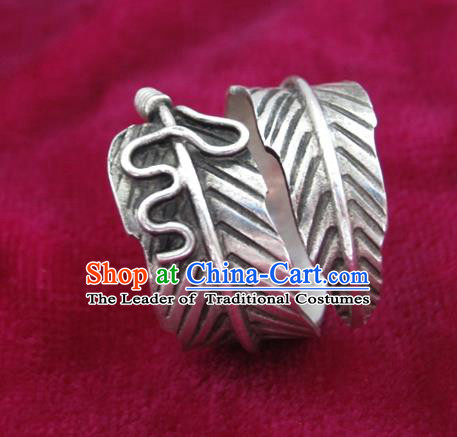 Chinese Miao Sliver Ornaments Leaf Ring Traditional Hmong Finger Rings for Women