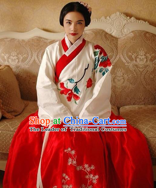 Chinese Ancient Ming Dynasty Young Mistress Embroidered Costumes for Women