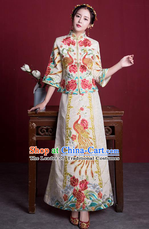 Chinese Ancient Embroidered Wedding Costumes Bride Formal Dresses White XiuHe Suit for Women