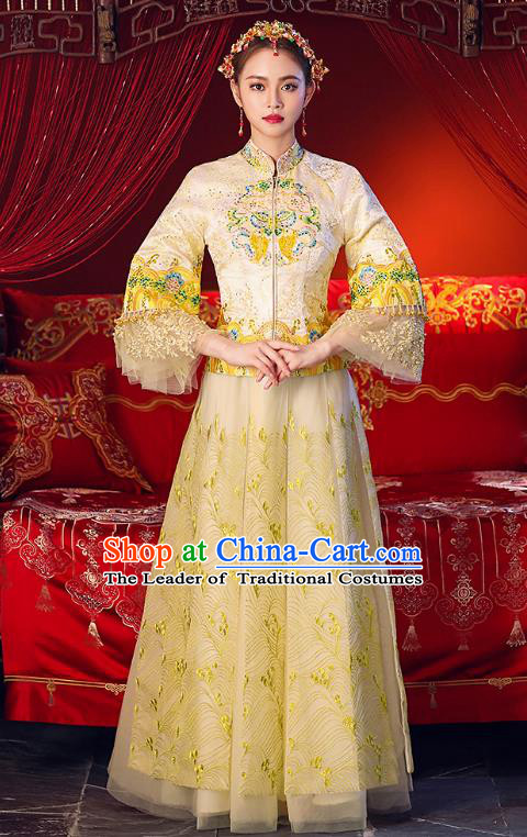 Chinese Ancient Traditional Wedding Costumes Bride Formal Dresses Embroidered Yellow Cheongsam XiuHe Suit for Women
