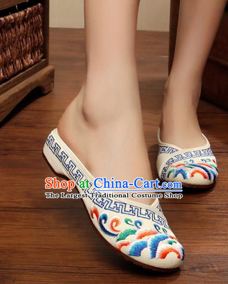 Chinese Ancient Handmade Embroidered Shoes Embroidery Cloth Shoes for Women