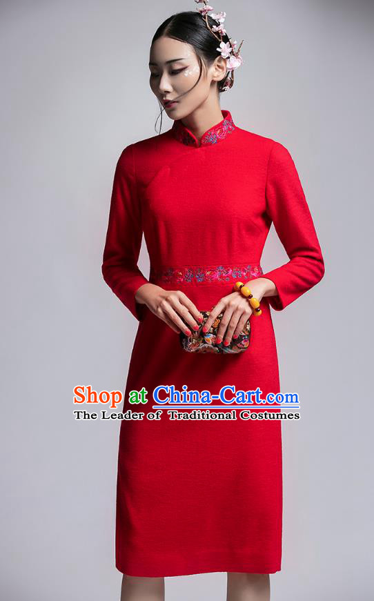 Chinese Traditional Tang Suit Embroidered Red Woolen Cheongsam China National Qipao Dress for Women